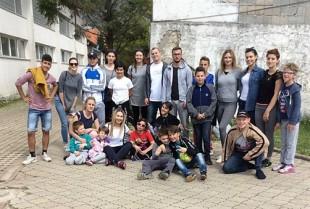 Mladi iz sindikata odveli djecu iz Egipatskog sela na izlet