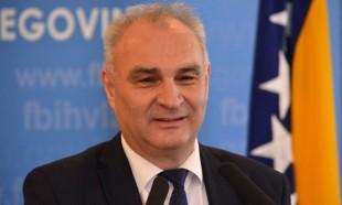 Ministar Jozić: U slučaju stečaja firme radnicima plaće za 12 mjeseci